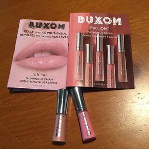 2 Buxom Lip Creams 👄